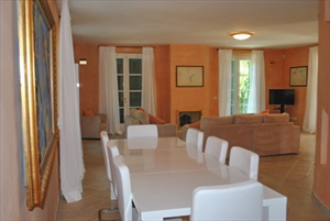 Villa Butterfly : Dining room