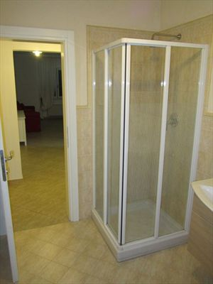 Appartamento    Forte  Sud  : Bathroom with shower
