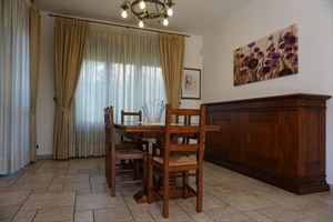 Villa Laura : Dining room