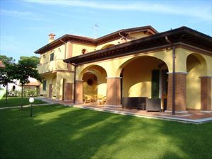 Villa Imperiale  : Outside view