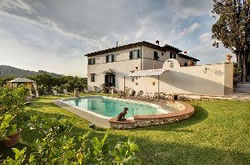 Villas for sale in Forte dei Marmi and Tuscany coast